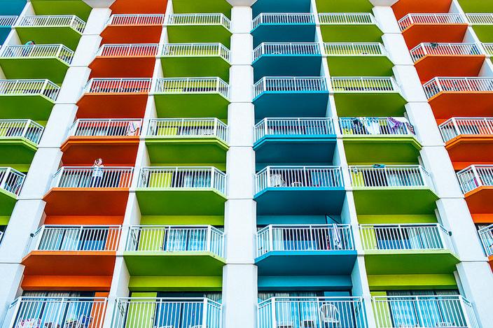 Кредит и ипотека: в чем разница при покупке жилья, чем отличается жилищный займ, различия потребительского кредитования и ипотечного