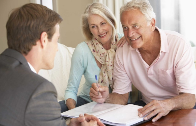 Оформление кредитной карты пенсионерам