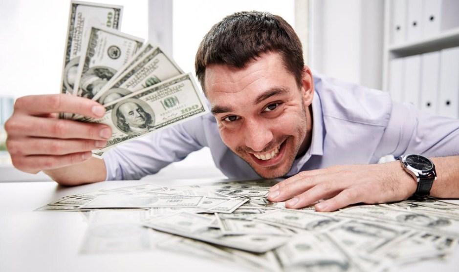Финансово успешный человек